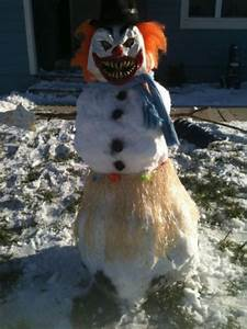 snowman clown..this freaks me out just pinning it....I ...