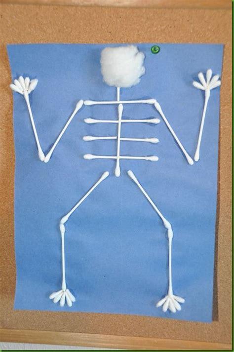 best 25 skeleton craft ideas on 124 | 0619fcee7b50210f8aa9c8d43116b8fa x ray crafts for preschool letter x preschool