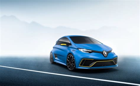renault zoe renault zoe rs could arrive in the market before 2020