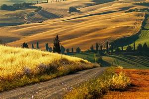 Most Beautiful Tuscan Valley Wallpaper