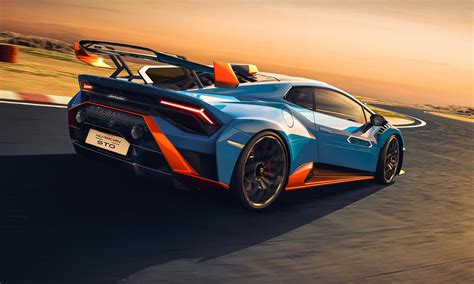 Lamborghini Huracan STO: Track Ready, Street Legal ...
