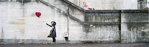 saint valentin version street art bigcitylife