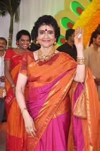 garland indian wedding vyjayanthimala