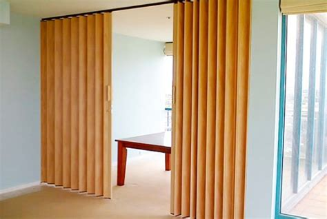 puertas plegadizas de pvc imitacion madera  en