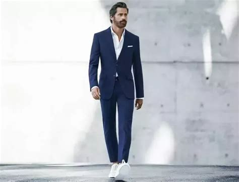 shirt unter blazer what s the best show option with navy blue suit quora