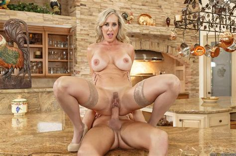 brandi love screwed while cooking the dinner 1 of 2