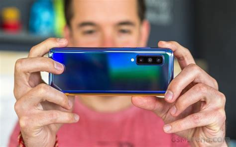samsungs  foldable phone  feature  mp camera