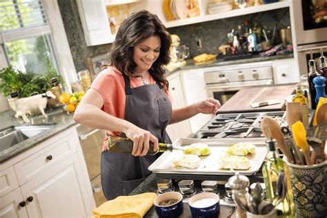 valerie bertinelli   home   cooking show