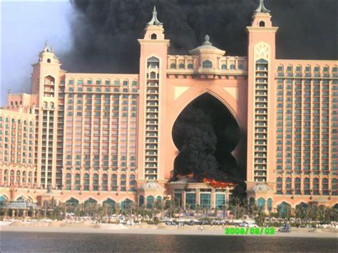 Atlantis on Fire - British Expats