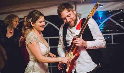 hire wedding band nottingham professional band for