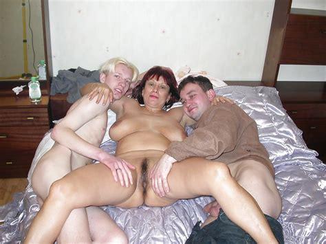 Russian Mom Amalia Anal 11 Fotos