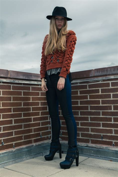 cozy  warm sweater  cold days  great outfit ideas
