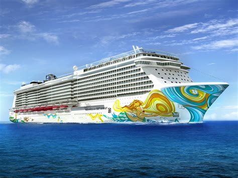Norwegian Cruise Line Bans Nearly All Carry-On Liquids - Condu00e9 Nast Traveler