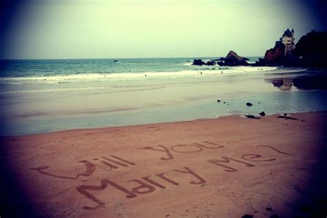 Demande En Mariage Originale Un Surfeur Fait Une Demande En Mariage Originale Surf Prevention