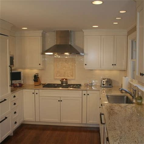 ultracraft kitchen cabinets ultracraft breckenridge white kitchen ideas 3010