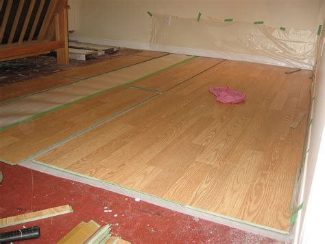 laying laminate flooring tips 10 tips for laying laminate flooring over linoleum zoomtens