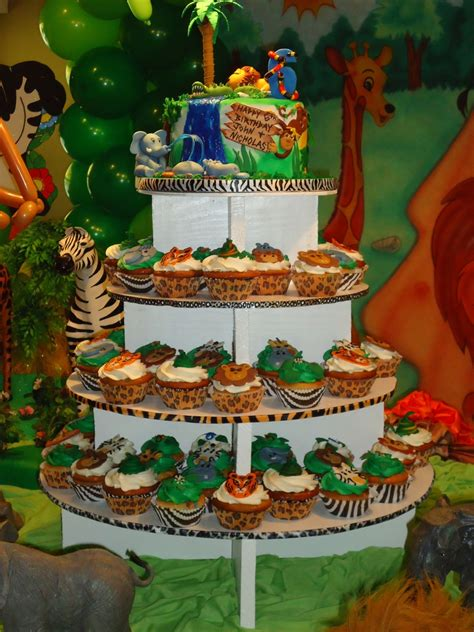safarijungle themed cake  cupcake tower cakecentralcom