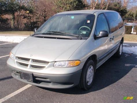 1999 Dodge Caravan by 1999 Dodge Grand Caravan Photos Informations Articles
