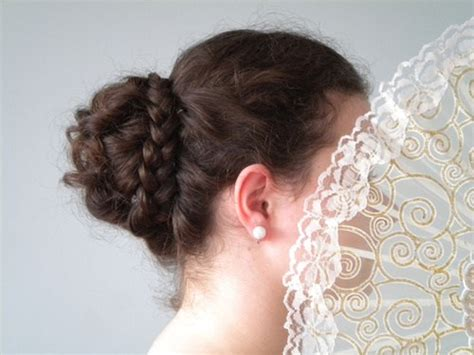 Updo Hairstyles For Balls by 17 Updos For Pretty
