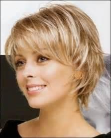 coupe cheveux courts visage rond tendance coupe de cheveux court femme 50 ans coupe de cheveux 2017