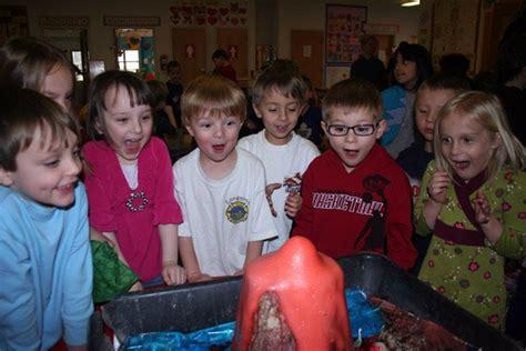 meet uscadence academy preschool in fayetteville ar 794   science experiment cadence academy preschool fayetteville ar