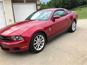 5th gen 2010 Ford Mustang Premium V6 automatic For Sale - MustangCarPlace