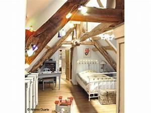 nos meilleures idees pour amenager et decorer vos combles With peindre des poutres en bois 2 8 photos de chambres avec poutres cate maison