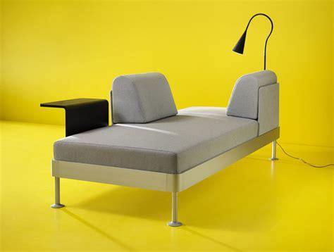 Divano Ikea Tom Dixon : Tjuvkika I Ikea-katalogen 2018