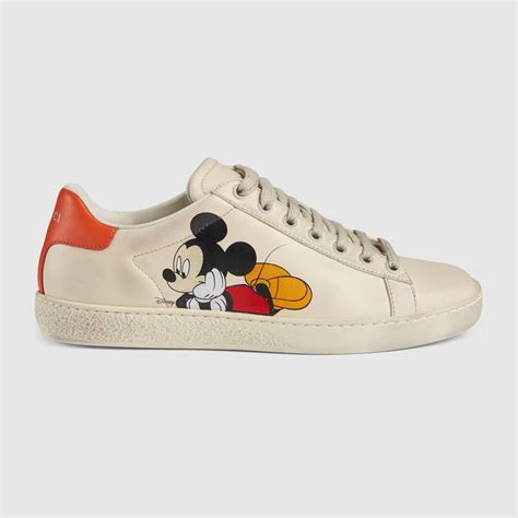 disney gucci celebrating year mickey mouse