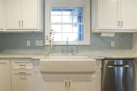 glass tiles kitchen backsplash bess s story kitchen renovation from drab to fab susan jablon blog