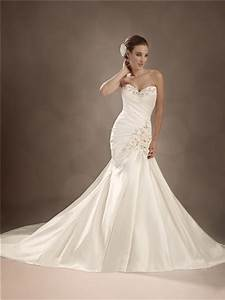 trumpet mermaid sweetheart chapel train satin wedding gown With chapel train wedding dress