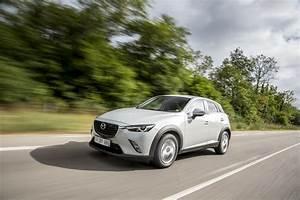 Mazda3 Dynamique : essai comparatif mazda cx 3 vs renault captur le match des petits suv photo 4 l 39 argus ~ Gottalentnigeria.com Avis de Voitures