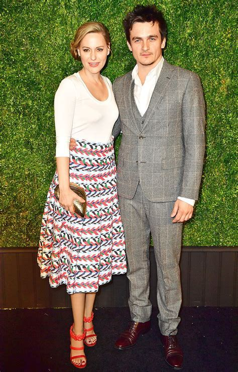 Homeland's Rupert Friend Elopes with Aimee Mullins in