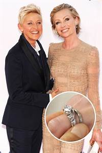 zooey deschanel shows her cute engagement ring With ellen wedding ring