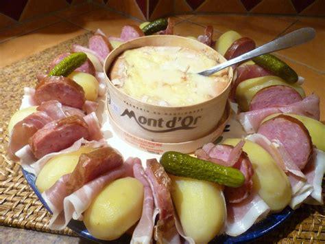 mont d or au four temps de cuisson cuisson mont d or four 28 images mont d or au four la cuisine des mamans mont d or gratin