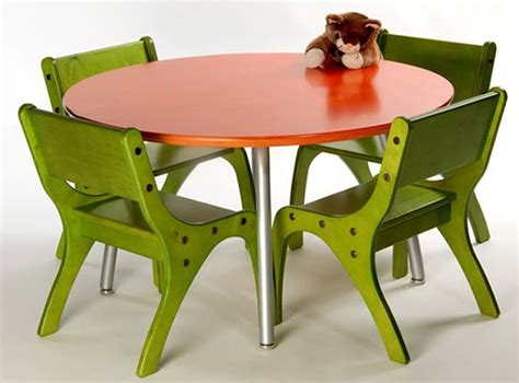 tips for buying toddler folding table and chairs