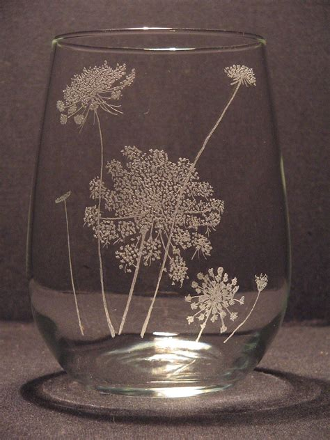 queen annes lace etched stemless wine glass hand