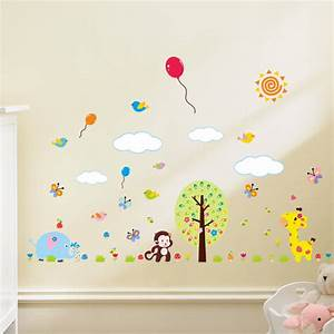 sticker girafe papillons et oiseaux avec des ballons With chambre bébé design avec envoyer des fleurs en espagne