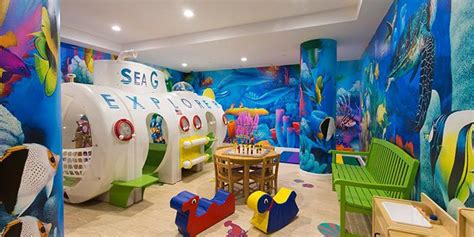 All NYC Apartment Buildings with - Children's Playroom ...