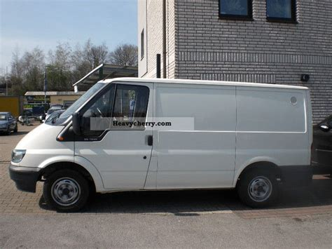 Ford Transit 85 T 240 2006 Box-type Delivery Van Photo And