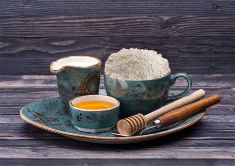 Wash off with cold water. Milk and Honey Homemade Face Mask for Dry, Sensitive Skin ...