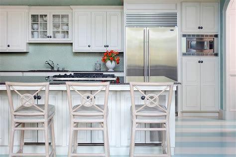cottage kitchen backsplash white and black cottage kitchens design ideas