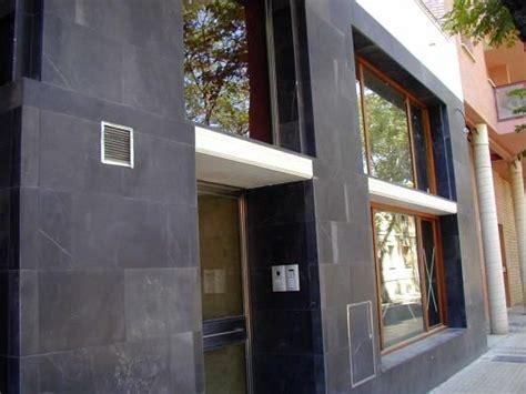 fachada en piedra negra anticnovo fachadas en