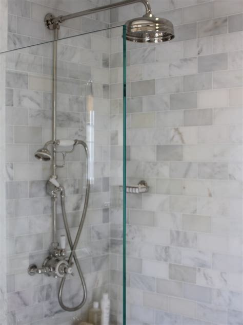 oltre 1000 idee su beige tile bathroom su
