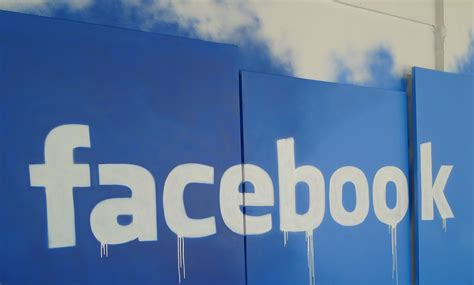 The Background And Evolution Of Facebook Advertising [INFOGRAPHIC] / Digital Information World