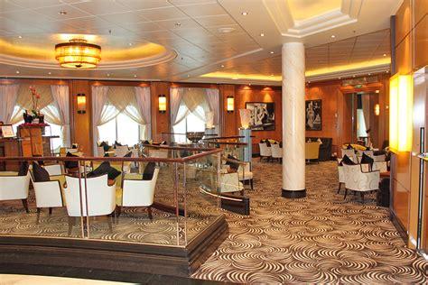 Shipphoto Queen Mary 2  Interior Photos