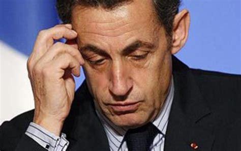 Fitch srezao prognoze Francuskoj iz 'stabilnih' u ...