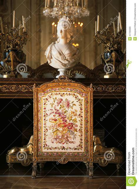 la chambre de la reine cheminée dans la chambre à coucher de la reine