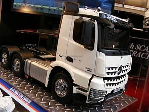 Lkw Modell 1 10 : lkw neuer tamiya truck 2017 mercedes benz arocs 56352 ~ Kayakingforconservation.com Haus und Dekorationen