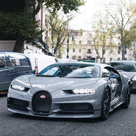 """La chiron si presenta come erede dell'altrettanto estrema bugatti veyron, cercando così di surclassare l'esclusività e le incredibili prestazioni di quest'ultima. 991 Likes, 4 Comments - arab auto (@arabauto) on Instagram: """"White Ghost ⌚️ Owner @mo_vlogs_ # ..."""